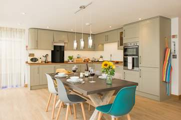 The kitchen/dining area is simply fab!