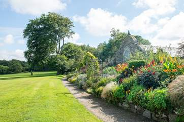 The gardens and grounds around the estate are simply stunning.