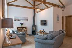 The Coach House Sleeps 4 + cot, 4 miles E of Mawgan Porth.