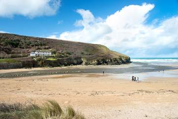 You are spolit for choice for great beaches in this part of Cornwall - the one at Mawgan Porth is only a short drive away.