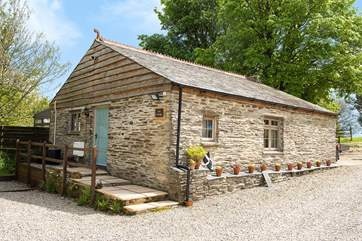 Welcome to Lee Cottage set in a rural location, close to Looe and Polperro on the south coast.