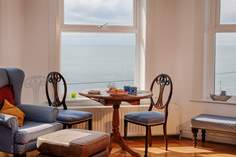 6 St Josephs Sleeps 4 + 2 cots, Ventnor.