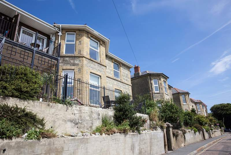 Ventnor Town is just down the road as is Bonchurch Village with the renowned Bonchurch Inn