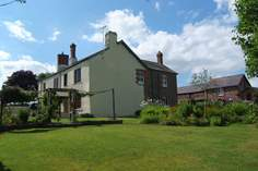 Greendown Farmhouse - Holiday Cottage - 3.8 miles W of South Molton