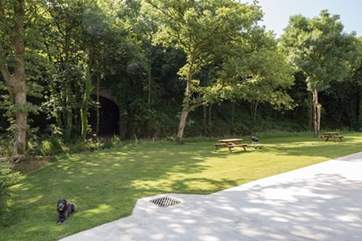 Picnic benches have been perfectly positioned to ensure that you can enjoy these stunning grounds from all angles.