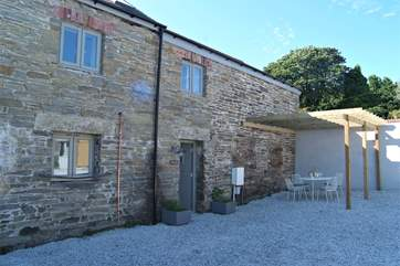 Hocking's Green is a beautifully converted former barn set around a sheltered courtyard.
