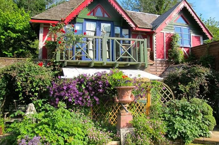 Cottages near Alf Resco
