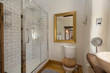 This is the wonderful en suite shower-room.