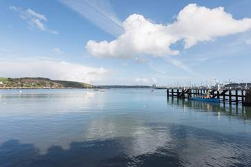 Ferries sail from the nearby Prince of Wales Quay to Flushing, Trelissick Gardens, Truro and St Mawes.