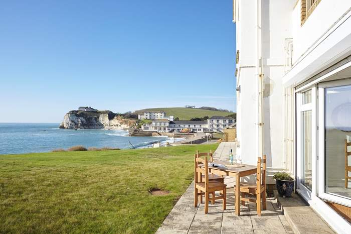 Cottages near Freshwater Bay beach