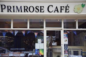 There are lots of little cafes in Newport to choose from for a spot of lunch