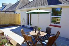Heath Villa Sleeps 6 + cot, Shanklin.