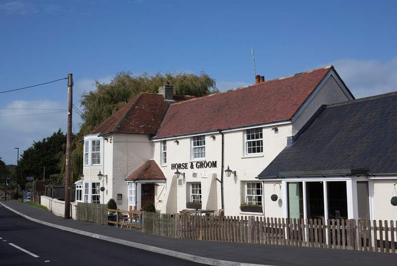 The Horse and Groom pub is just a few minutes drive away