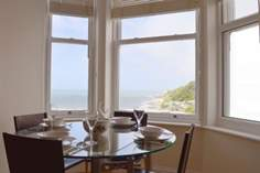 Seascape - Holiday Cottage - Ventnor