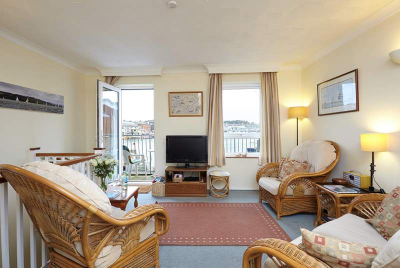 From the comfort of the sitting room, you can see the River Medina and beyond to the sailing town of Cowes.