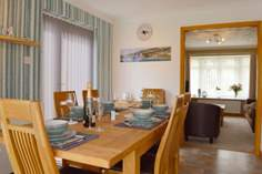 Willow Tree Lodge - Holiday Cottage - 2.7 miles W of Ventnor