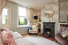 The Bird House - Holiday Cottage - Cowes
