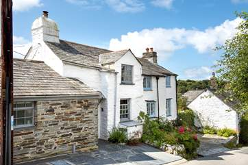 Hill Cottage is a delightful semi-detached cottage
