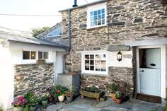 Little St Hugh - Holiday Cottage - Boscastle
