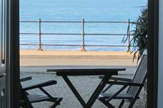 Villa Amanti Sleeps 4 + cot, Ventnor.