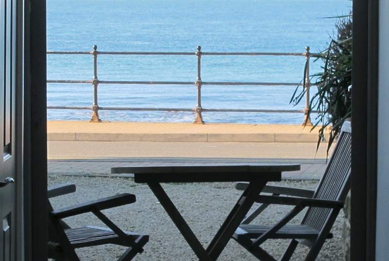 Enjoy the uninterrupted sea views from the gravelled sun terrace