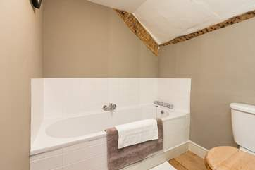 This is the en-suite bathroom for the master bedroom.