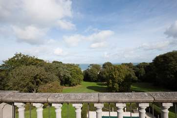 Situated on the top floor of Springfield Court, enjoy the views across the extensive grounds out to The Solent