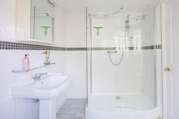 The en-suite shower room for bedroom 5.