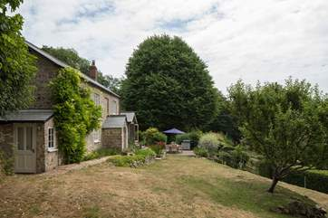 Set in beautiful gardens, there is plenty of space for all the family, including your dog.