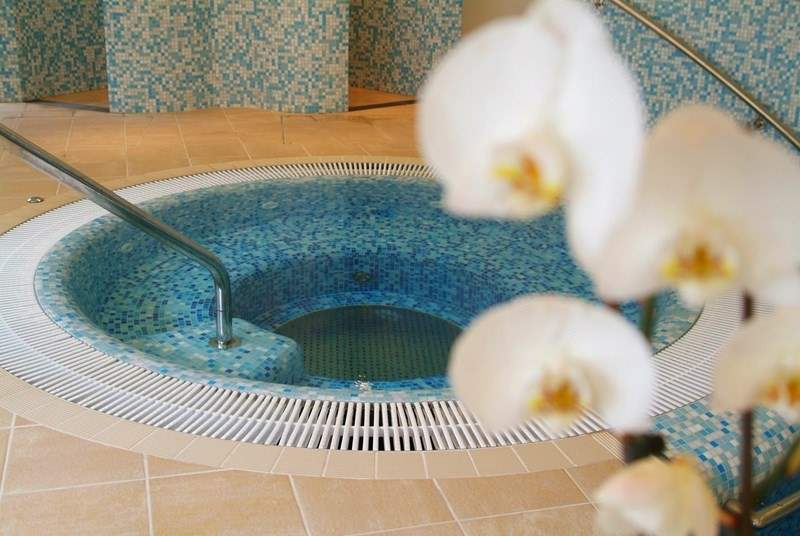 Or perhaps a more indulgent laze in the jacuzzi?
