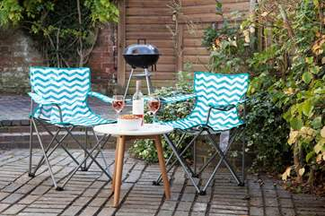 Light up the barbecue, pour a glass of wine and relax in the sunshine.