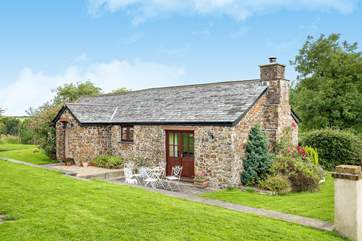 Welcome to Rosamund Cottage.