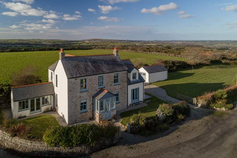 Higher Little Lidgey is secluded and very spacious, with amazing far reaching views.