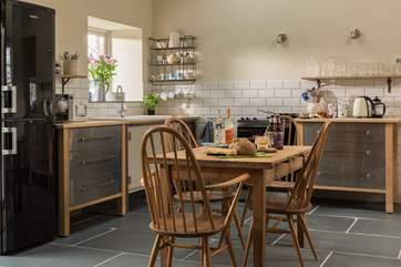 The open plan kitchen-area.