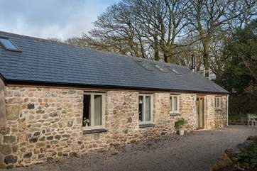 This former long barn is now a super single-storey holiday home.