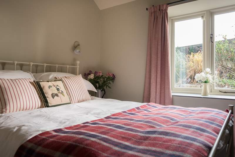 The lovely double bedroom.