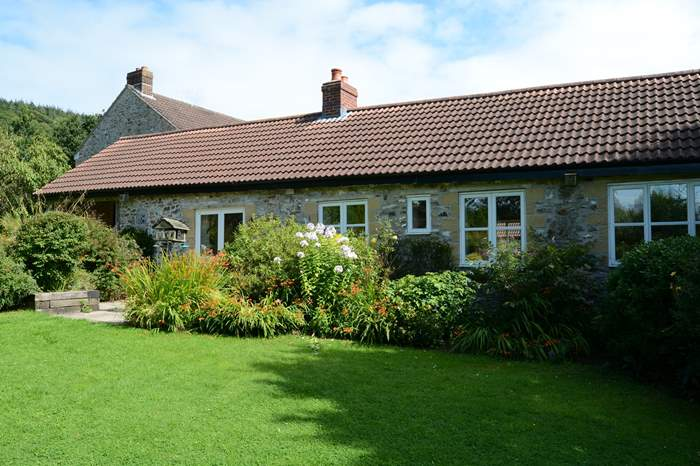 Stable Cottage,Sleeps 4 + 2 cots, 3.4 miles E of Honiton