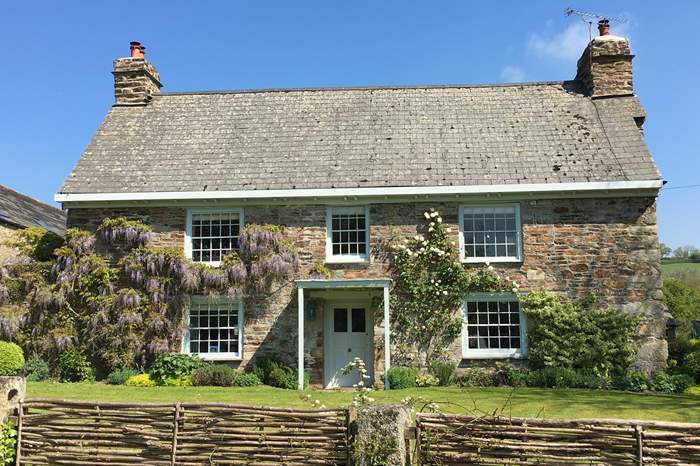 Bosneives House,Sleeps 14 + 4 cots, 4 miles S of Wadebridge