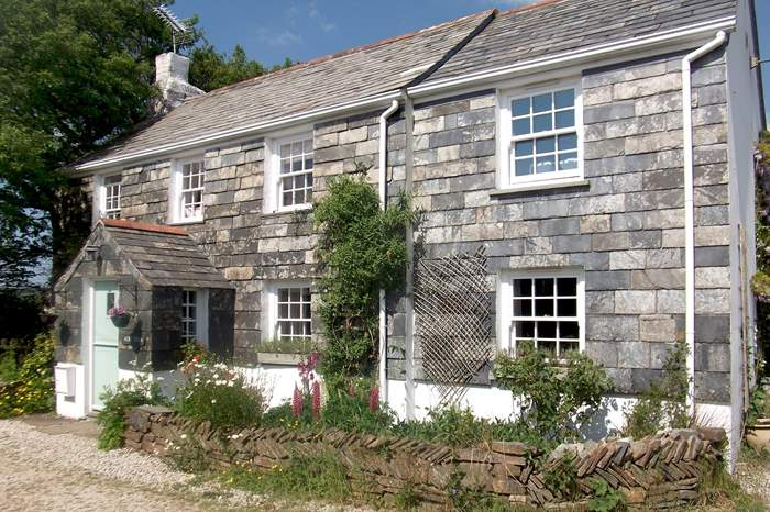Wisteria Cottage,Sleeps 8 + cot, 4.3 miles E of Port Isaac