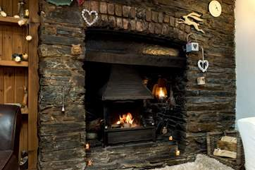 What a welcome sight on those out-of-season breaks, an open fire - bliss!