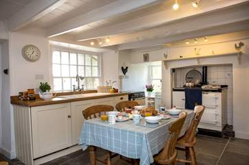 The homely kitchen/breakfast-room
