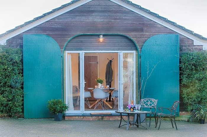 The Coach House,Sleeps 4 + cot, Brighstone