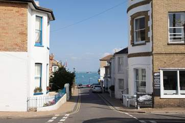 The peaceful and quiet Seaview High Street leading down to the sea.