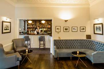 The hotel bar adjoins the Rastella restuarant, book a table to avoid disappointment.