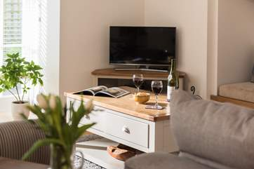 A Smart TV with Netflix and iPlayer to keep you entertained.