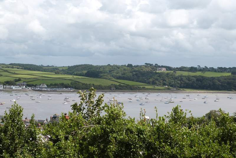 This is the wonderful estuary view that you have from the first and second floors. Sit out on the balcony with a morning coffee and watch the changing tide.