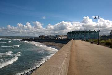 This is the promenade at Westward Ho! Just 2 miles away. The sandy beach stretches for miles towards Appledore and there are rock pools at low tide.