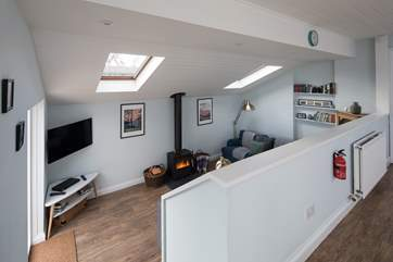 The open plan layout makes it easy to spend some real 'quality time' together.