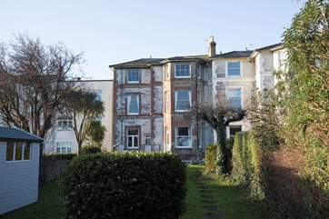 Welcome to 25 The Strand, a lovely first floor apartment over looking the Solent.