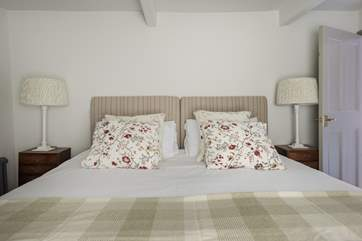 Bedroom 2 has 'zip and link' beds (3' singles or a 6' super-king double).